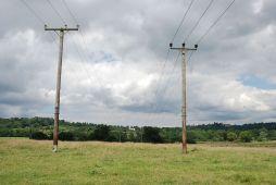 telegraph poles httpsupload.wikimedia.orgwikipediacommonsddatelegraph_poles_561484149.jpg